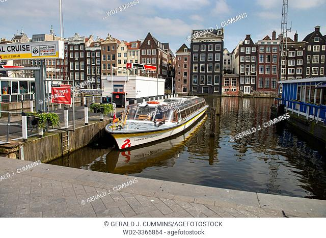 "Amsterdam, Netherlands, 14/04/2018, Damra , De wallen. In Dutch, the Red Light District is called """"De wallen"""" (the walls) because some of the canals located..."