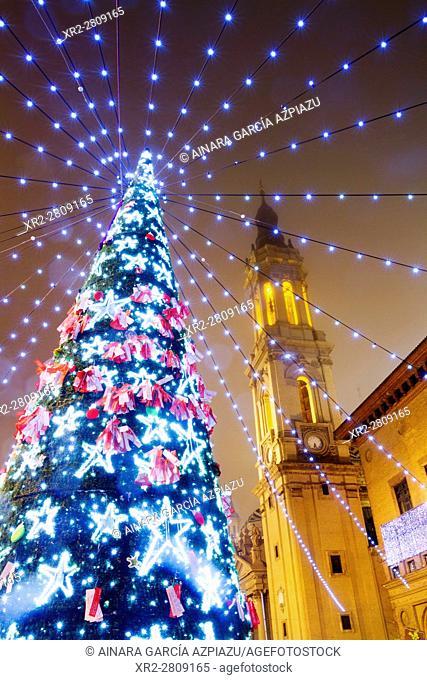 Christmas tree before El Pilar cathedral, Zaragoza, Aragon, Spain