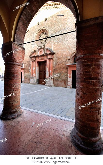 Italy, Lombardy, Pizzighettone, San Bassano Church view from Palazzo Comunale Old City Hall