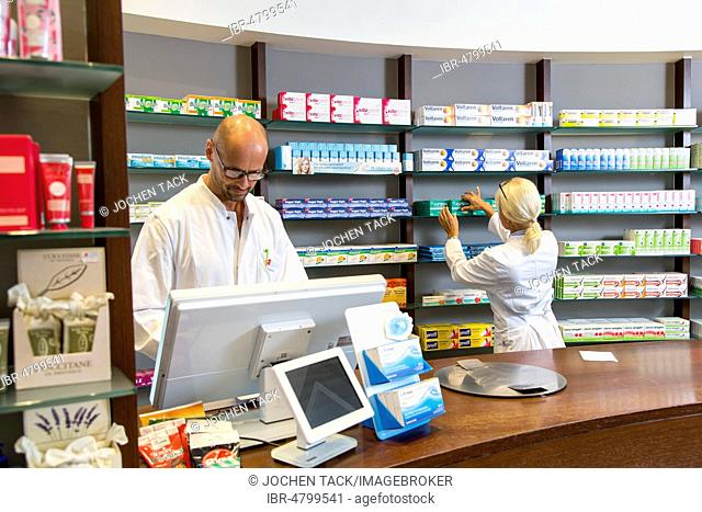 Pharmacy, pharmacist and pharmaceutical assistant, Germany