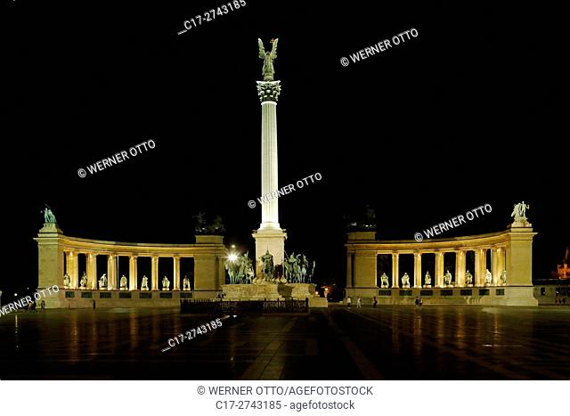 Hungary, Central Hungary, Budapest, Danube, Capital City, Heroes Square, Millennium Monument by Albert Schickedanz and Gyoergy Zala, colonnade with statues