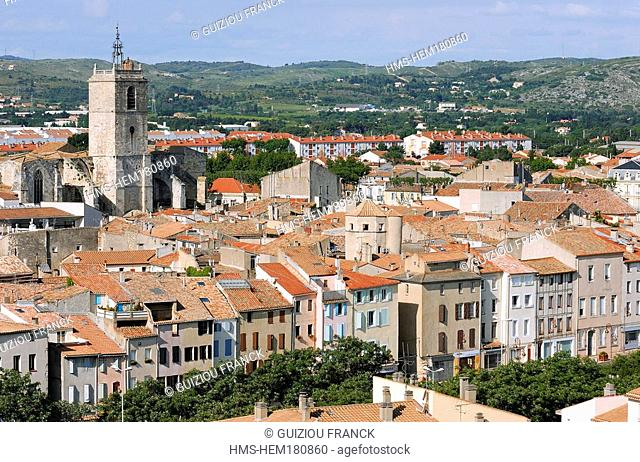 France, Aude, Narbonne, view from Gilles Aycelin donjon, Saint Paul basilica