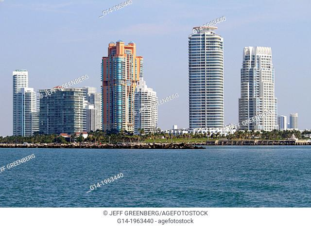 Florida, Miami Beach, water, Government Cut, South Pointe Park, condominium buildings, residences, Atlantic Ocean, Biscayne Bay, Continuum South North I II