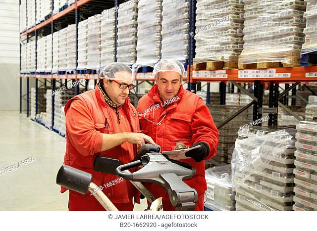 Grocers, Pallet warehouse, Packaging canned vegetables, Canning Industry, Agri-food, Logistics Center, Grupo Riberebro, Alfaro, La Rioja, Spain