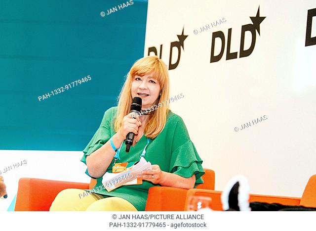 BAYREUTH/GERMANY - JUNE 21: Gabi Czöppan (Focus Magazine) talks with artist Jonathan Meese (not in the picture) on the stage during the DLD Campus event at the...