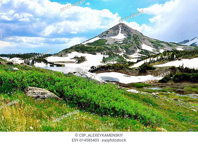 Snowy Range Mountains and alpine lake in Medicine Bow, Wyoming in summer
