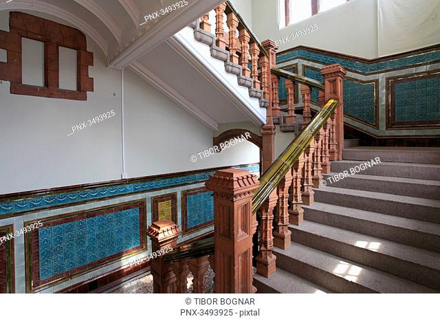 UK, Wales, Cardiff, Bay, Pierhead Building, interior