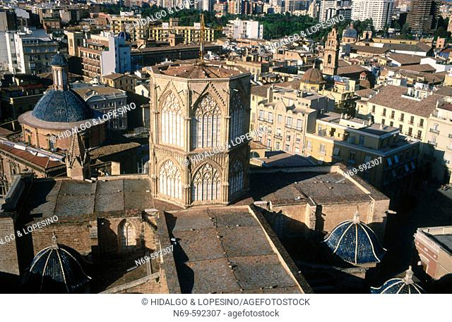 Cathedral seen from Torre del Miguelete. Valencia. Spain
