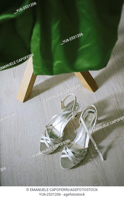 Wedding dress green, with shoes
