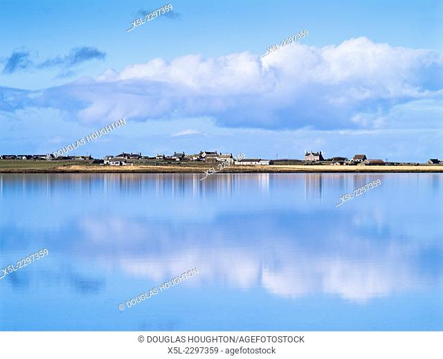 Cata Sand SANDAY ORKNEY Village houses sea inlet bay blue sky