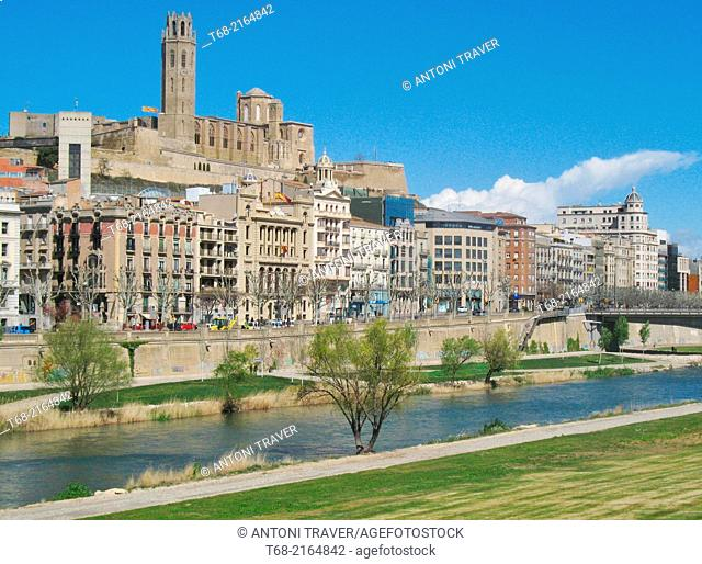 Overview of Lleida, Spain