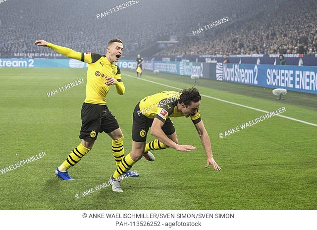 jubilation Thomas DELANEY (DO) after his goal to 0: 1, with Jacob BRUUN LARSEN l. (DO), Soccer 1.Bundesliga, 14.matchday