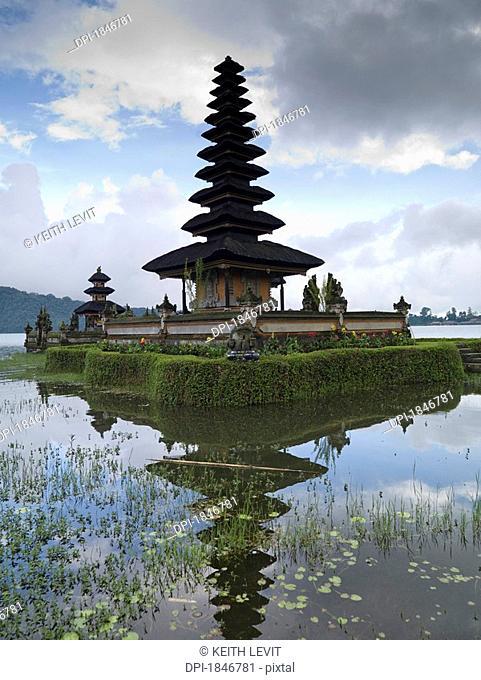 Beratan Lake, Bali, Asia, Ulun Danu Temple