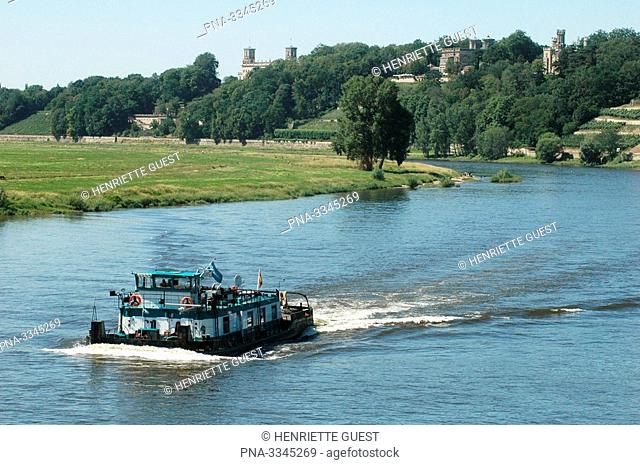 The river Elbe near Dresden at the same height of Loschwitz and Blasewitz, Germany