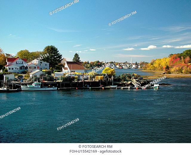 Portsmouth, NH, New Hampshire, Portsmouth Harbor, Piscataqua River, scenic view of Portsmouth