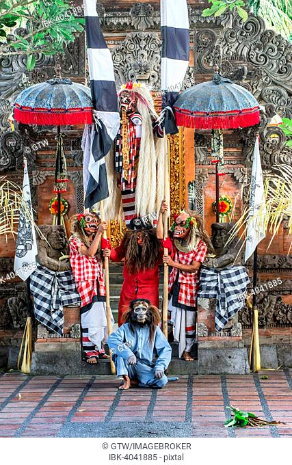 Barong and Kris Dance, traditional Balinese dance, Ubud, Bali, Indonesia