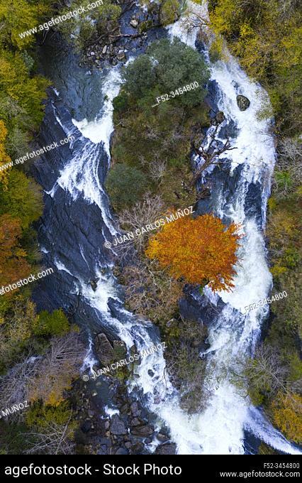 Waterfalls of the Gándara River, La Gándara, Soba Valley, Valles Pasiegos, Alto Ason, Cantabria, Spain, Europe
