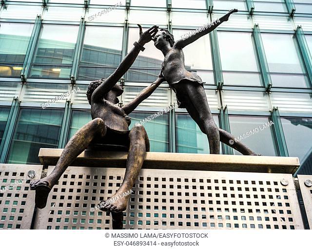Bronze statue in ONU area, Bruxelles