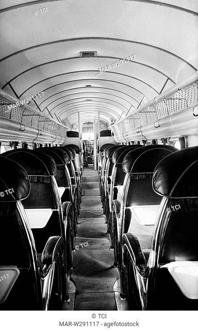 interno di un aereo italiano, 1930-40