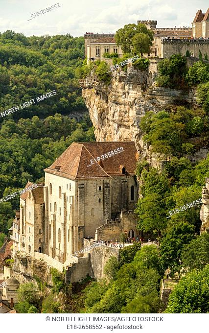 France, Midi-Pyrénées, Rocamadour. A small village built on a cliff face. It is known for the Cité Réligieuse buildings, accessed via the Grand Escalier...