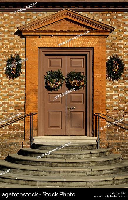 Christmas door decorations Williamsburg Virginia