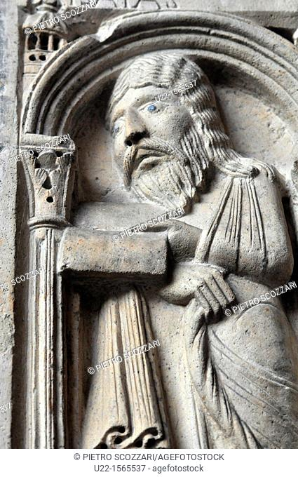 Modena (Italy): bas-relief on the Cathedral's façade