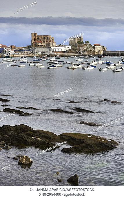 Marina of Castro Urdiales, Castro Urdiales, Cantabria, Spain, Europe