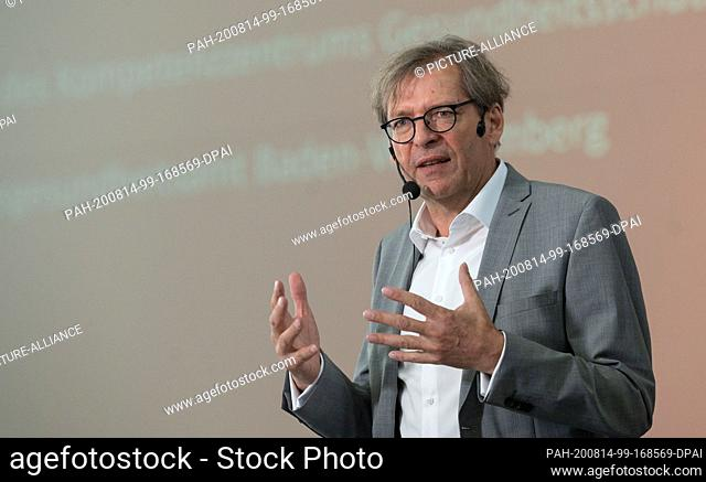 14 August 2020, Baden-Wuerttemberg, Kupferzell: Stefan Brockmann, Medical Director of Epidemiology and Health Reporting at the State Health Office of...
