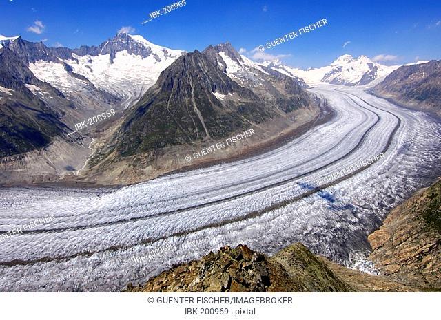 View from Mount Eggishorn to the Aletsch Glacier, UNESCO world heritage Jungfrau - Aletsch - Bietschhorn region, Valais, Switzerland