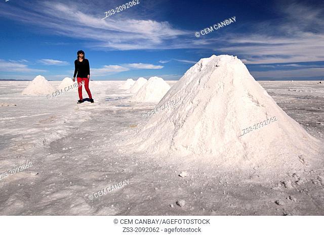 Late afternoon at salt lake, Salar de Uyuni, Altiplano; Bolivia, South America
