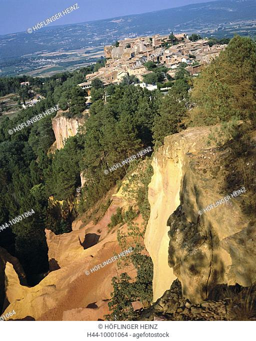 10001064, France, Europe, South of France, Europe, Provence, Roussillon, sienna breaks, stone layers, village, erosion, scenery