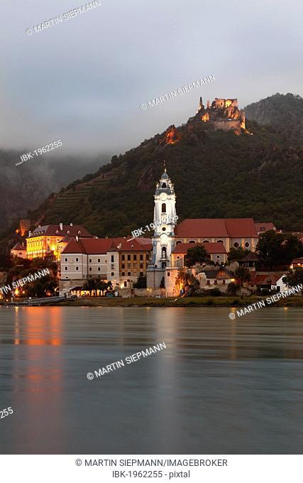 View from Rossatzbach over the Danube river on Duernstein, Wachau, Lower Austria, Austria, Europe