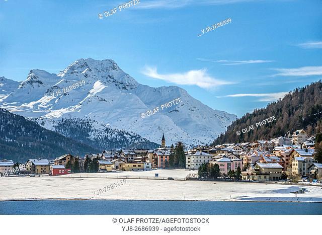 Lake Silvaplana and village in winter, Engadine, Grisons, Switzerland