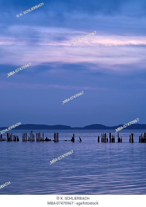 Europe, Germany, Mecklenburg-Western Pomerania, Rügen Island, evening sky above the Jasmund Bodden near Polchow
