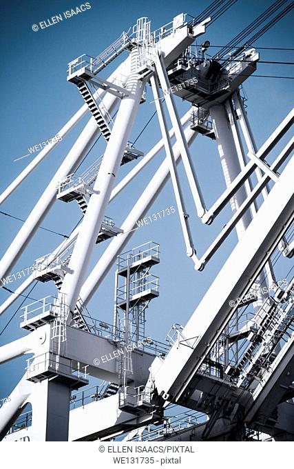 Complex structure of giant gantry crane used for unloading cargo containers