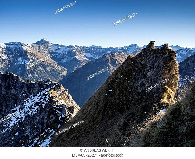 Mountain ridge, on path up to summit of mountain 'Grosser Daumen', panoramic view over the alps,  Allgaeu, Bavaria, Germany