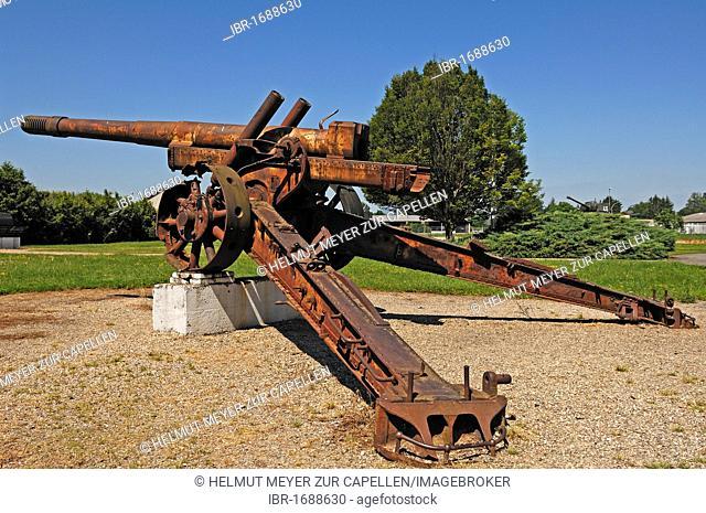 Russian 152 mm gun from 1939 from the Second World War, Musée Mémorial Maginot museum, 20 Rue Rhin, Marckolsheim, Alsace, France, Europe