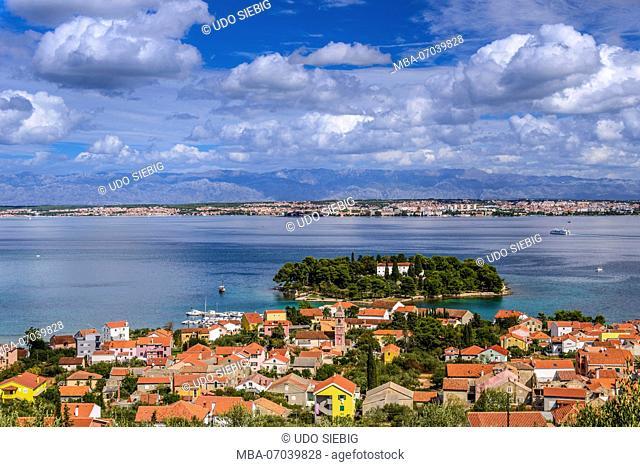 Croatia, Dalmatia, Zadar archipelago, island Ugljan, Preko, view to town with monastery island Galovac towards Zadar with Velebit mountains
