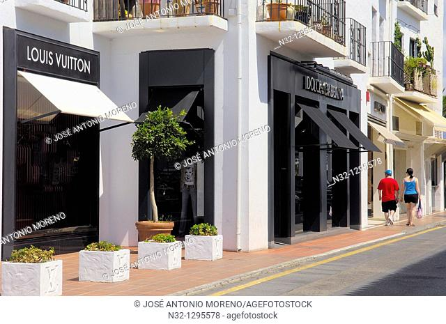 Luxury shops at the exclusive yacht harbour of Puerto Banús, Marbella, Costa del Sol, Málaga province, Andalusia, Spain