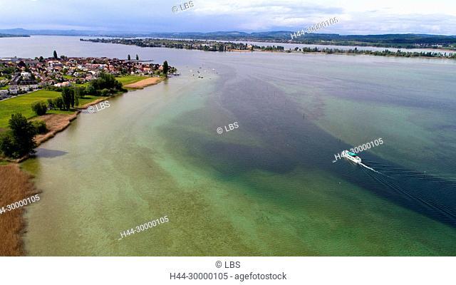 Luftaufnahme Gemeinde Ermatingen mit Schiff