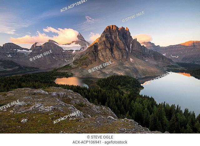 The classic sunrise view of Assiniboine from the 'Nublet'