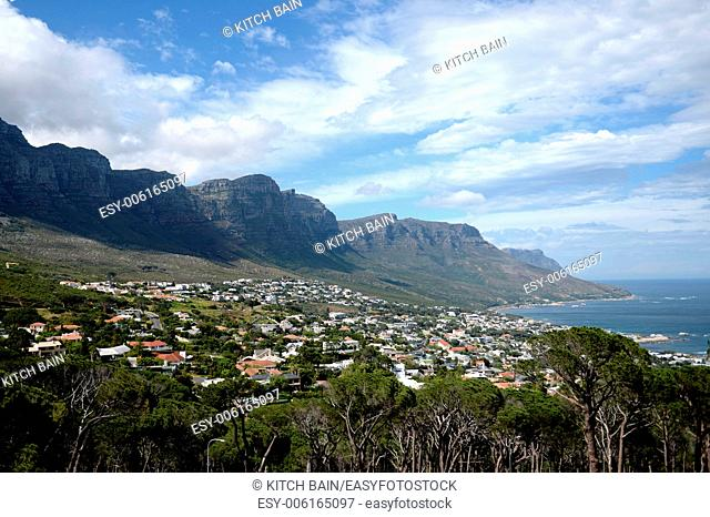 A landscape image of Table Top Mountain in Capetown