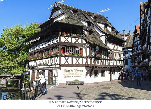 Maison des Tanneurs and timbered houses along the ILL canal, Petite France District, Strasbourg, Alsace, Bas-Rhin Department, France