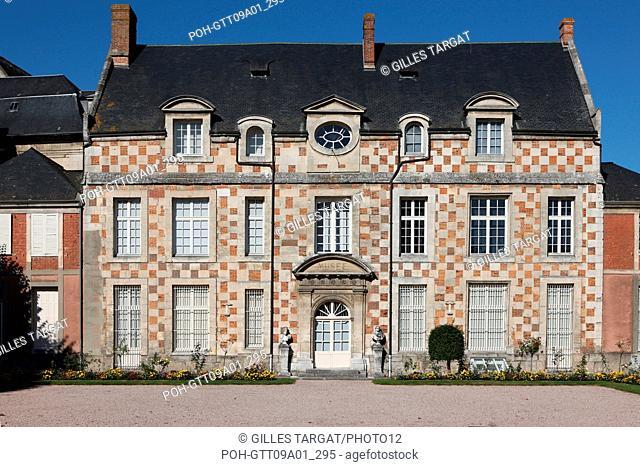 tourism, France, upper normandy, eure, bernay, city museum and public garden, sculpture Photo Gilles Targat