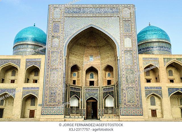 Mir-i-Arab madrassa, Bukhara, Uzbekistan, Asia