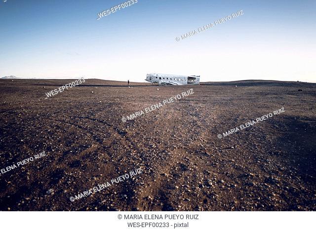 Iceland, Solheimasandur, plane wreck in the desert