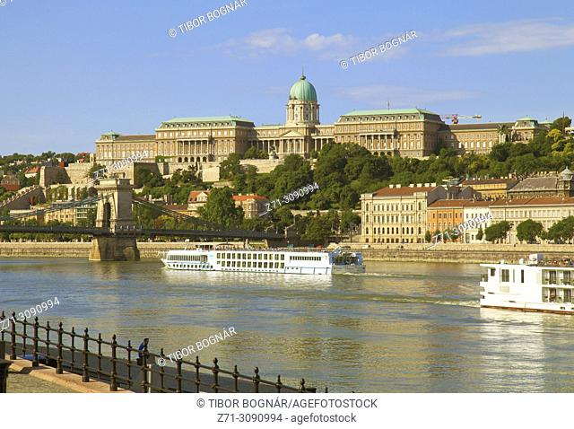 Hungary, Budapest, Royal Palace, Danube River, cruise ships,