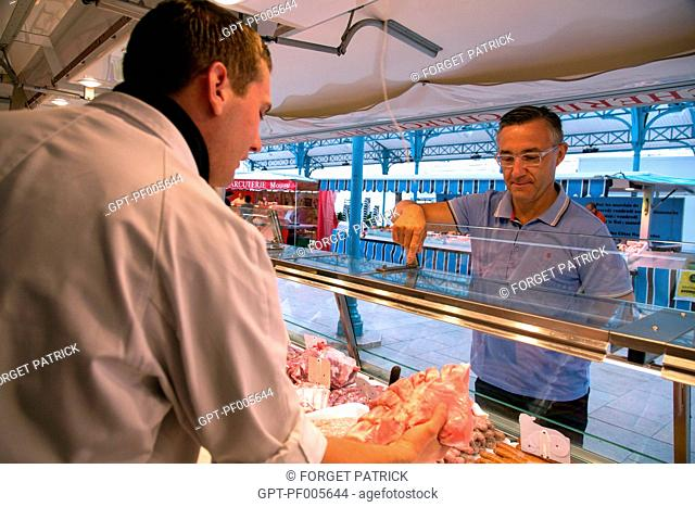 THE BUTCHER EDOUARD DARMIGNY WITH LAURENT CLEMENT, COVERED MARKET, CHARTRES (28), FRANCE