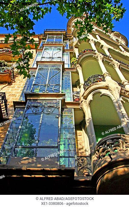 balconies and windows glass, Casa Josefa Villanueva, modernism, 1910, Eixample district, Barcelona, ??Catalonia, Spain
