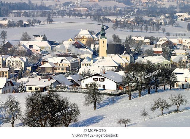 Das verschneite Dorf Biberbach im Mostviertel, Niedero̿sterreich, O̿sterreich - Village Biberbach, Lower Austria, Mostviertel Region, Austria - Biberbach